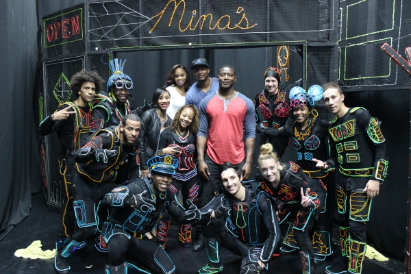 Photo Flash: New York Giants' Star Players Visit iLUMINATE